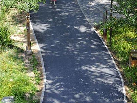 湿地公园石英砂自行车道改造