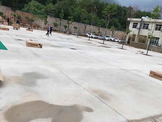 石英砂应用于透水砖施工